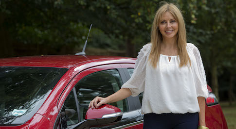 Vauxhall Ampera helps Carol Vorderman Go Ultra Low