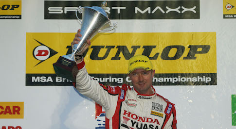 Final win of the BTCC season for Honda