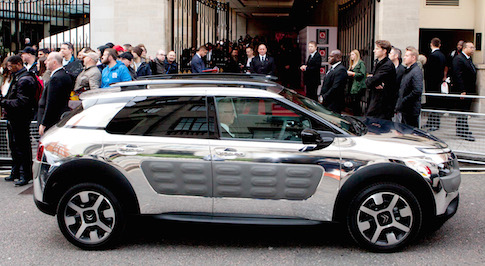 Red carpet appearance for chrome Citroen C4 Cactus