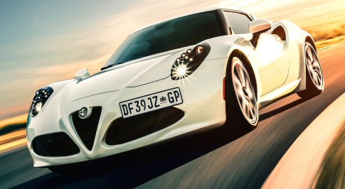 ALFA ROMEO 4C IS AUTOWEEK'S DRIVERS CAR OF THE YEAR
