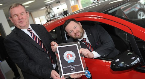 Bristol Street Motors Vauxhall Macclesfield receives national customer service award