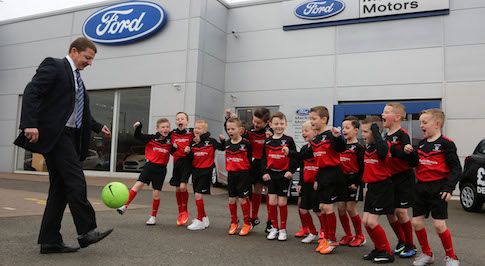 Promising Hamilton footballers receive welcome boost from Macklin Motors