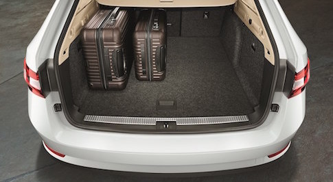 New SKODA Superb Estate offers class-leading boot space
