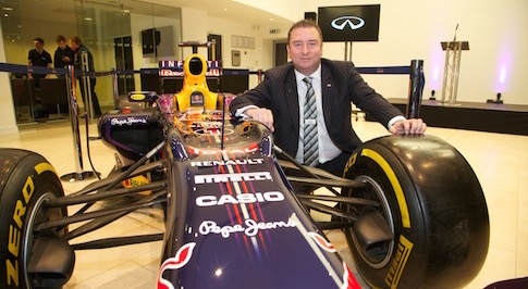 Infiniti supports Newcastle motor show with Formula 1 racing car