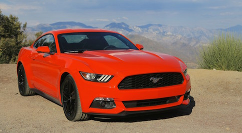 New Ford Mustang proves popular in the UK