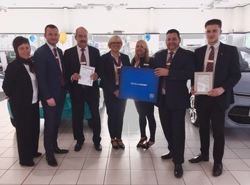 Two Bristol Street Motors Derby dealerships receive awards